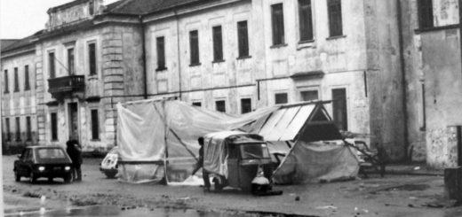 scuola_accampamento_terremotati1980